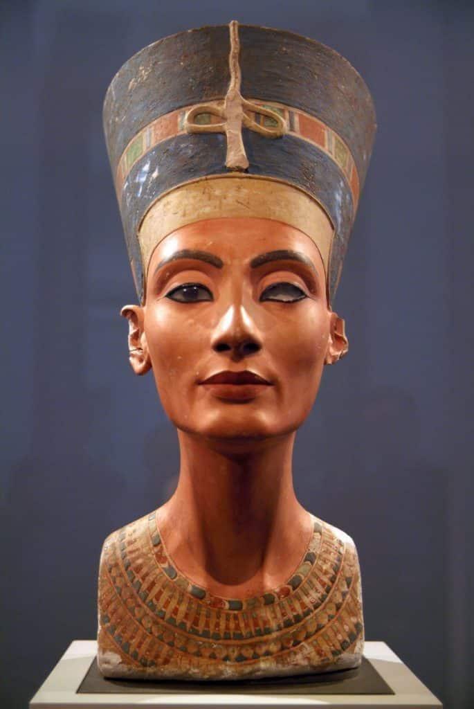 Foto de Cleópatra, rainha do Egito Antigo e até hoje símbolo e beleza